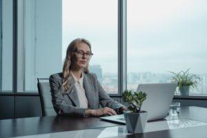 control inteligente en oficinas