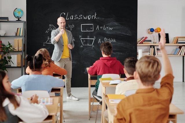 automatización en colegios