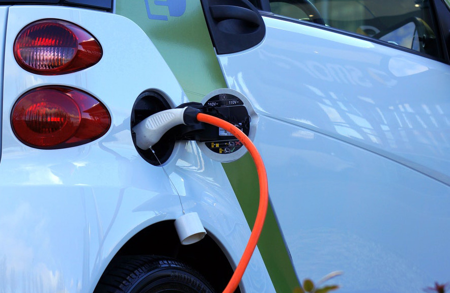 vehículos electricos punto de recarga